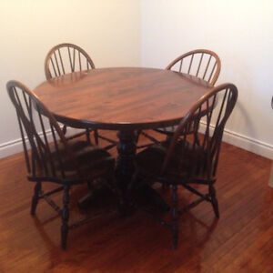 Solid Oak Dining Table With Extension And 5 Chairs