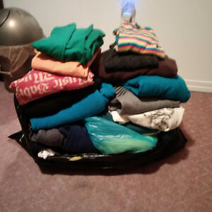 Clothes! A big bag, various brands, size extra small and small