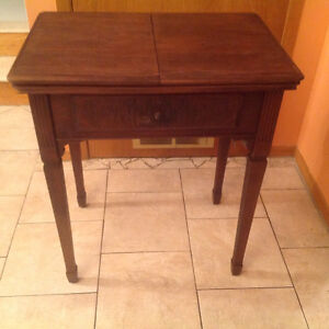 Table-antique-for sewing machine-table pour machine à coudre ant
