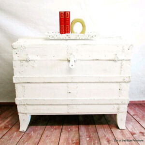 Antique coffee table trunk