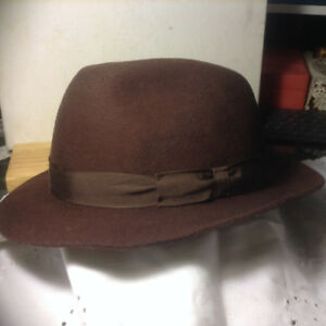 VINTAGE AUTHENTIC HAT SIZE 7 3/8