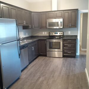 Work in Kenginston, Blairmore.Live in Blairmore and walk to work