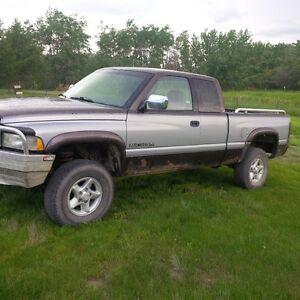 1997 Dodge Power Ram 1500 SLT Pickup Truck