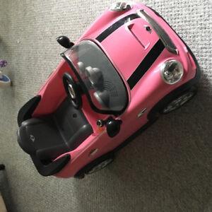 Mini Cooper 6v battery operated car
