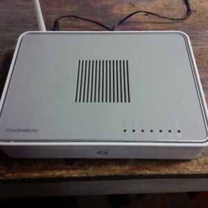 THOMSON TG784 ADSL2+ Modem, WIFI and VOIP