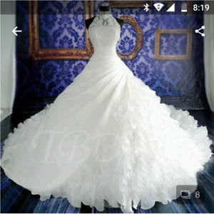 Wedding dress for sale (Plus size perfect for altering)