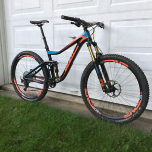 Giant Trance Advanced Carbone