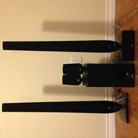 Like New! LG Home Surround Sound System! In Collingwood