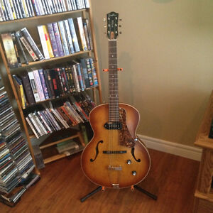 Looking for a Godin 5th Avenue Kingpin