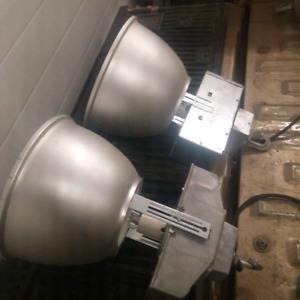 400 watt Metal Halide light fixtures