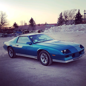 1983 z28 Camaro with T-tops