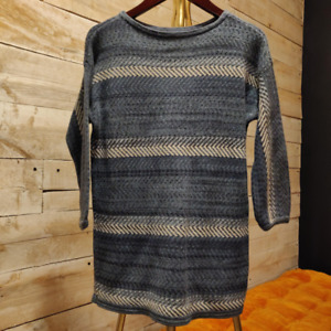 fc84c88739 Women s blue knit sweater XS