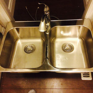 Brand new kitchen sink and taps for sale