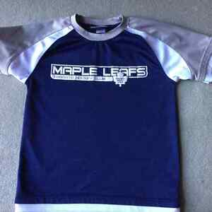 TORONTO MAPLE LEAFS SHIRT -SIZE S (7/8)
