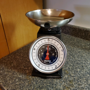 Manual style food scale