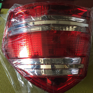 For sale 07-2012 MERCEDES GL450 REAR RIGHT PASS SIDE TAIL LIGHT
