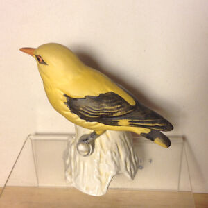 Porcelain Goebel Yellow Golden Oriole Loriot Bird Figurine Vancouver Greater Vancouver Area image 4