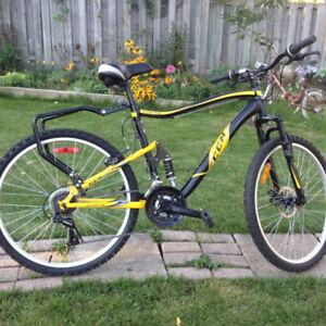 "CCM Static bike 19"" frame ( Amost new )"