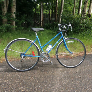 ANTIQUE WOMENS 10 SPEED SUPERCYCLE ROAD BIKE FOR SALE!