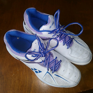 Yonex Badminton Sneakers Like New!!