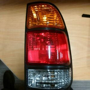 Toyota Tundra 1998 to 2003 pass side tail light