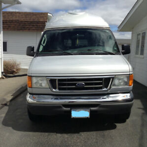 2006 FORD ECONOLINE 350 WHEELCHAIR VAN FULLY FUNCTIONNAL