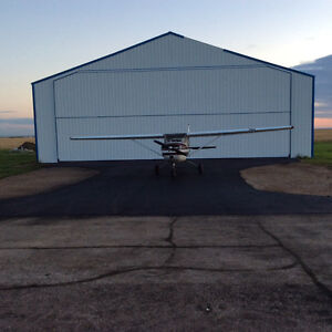 REDUCED Airplane Hanger Moose Jaw CJS4