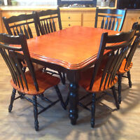 Kitchen Table w' 6 Chairs