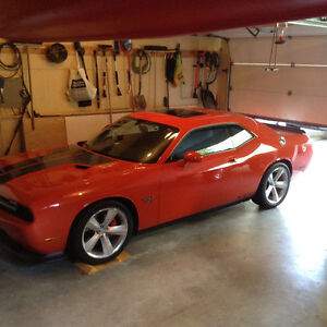 2009 Dodge Challenger SRT8 Sedan
