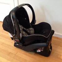 Britax B-Safe infant car seat (with base)