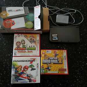 Nintendo 3DS XL 4 games, 4 amiibo, box & All accessories
