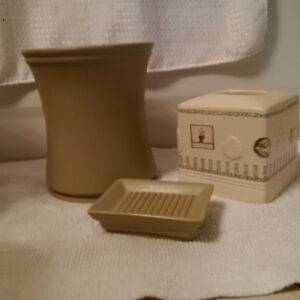 3 piece garb can/soap dish/kleenex cover