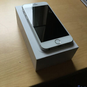 Mint condition iPhone 6 16GB silver Telus/Bell -30 days warranty