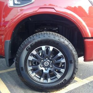 2016 Nissan Titan XD Pro-4X wheels and tires