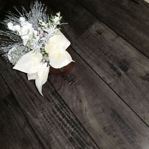 Laminate Wood Flooring - Commercial Grade