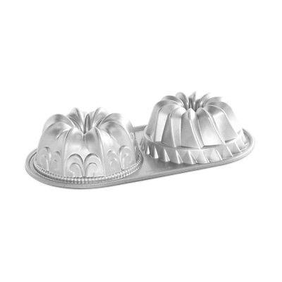 Fleur De Lis Bundt (Nordic Ware Bundt Duet Pan, Fleur de Lis & Heritage Design, 5 cup)