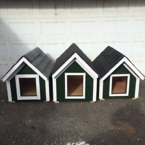 Custom made dog/cat houses for sale