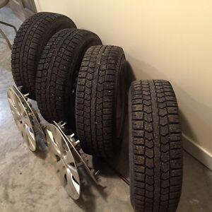 pneus d hiver Pirelli  et roues