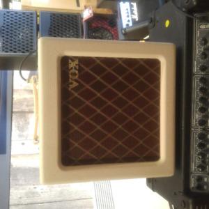 amplificateur.guitare.fender.gibson.vox.kala.instrument.
