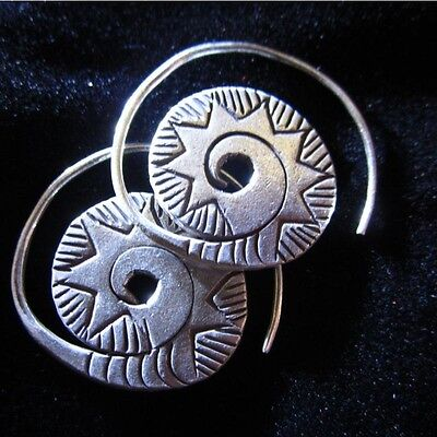 Hill Tribe Silver Shape (Thai Hill Tribe Earrings Fine Silver Handmade Solid spiral circle)