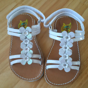 Toddler girl's sandals size 7