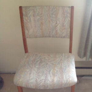 TEAK Dinning Chairs (6) and matching Dinning Table