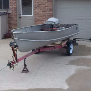 !4 FT BOAT AND TRAILER NEW TIRES