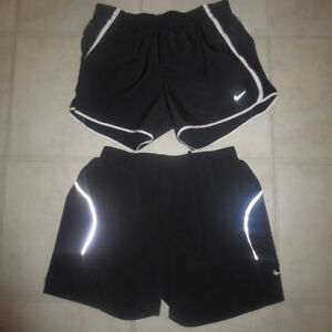 2 PAIRS OF LADIES NIKE SHORTS SIZE SMALL