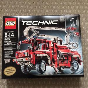 Lego 8289 Technic Firetruck Edmonton Edmonton Area image 1