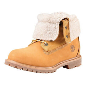 Womens Timberland Boots Size 10 (Mens size 8) Sheep fur inside