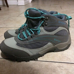 New Size 8 Winter Hiking Boots