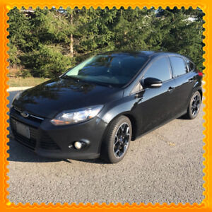 2014 Ford Focus SE Hatchback, like new condition!!! CARPROOF