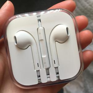 Genuine Original Apple Earphones/Earpods