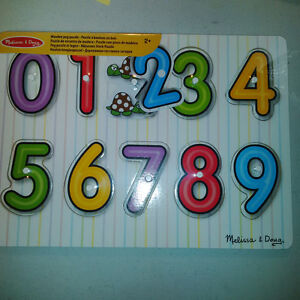 NEW Numbers and Shapes Peg Puzzle